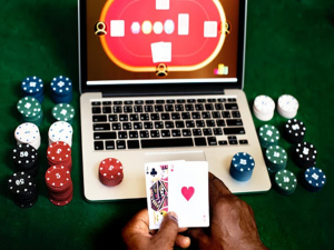 Things to Look Out for When Choosing Casino Websites
